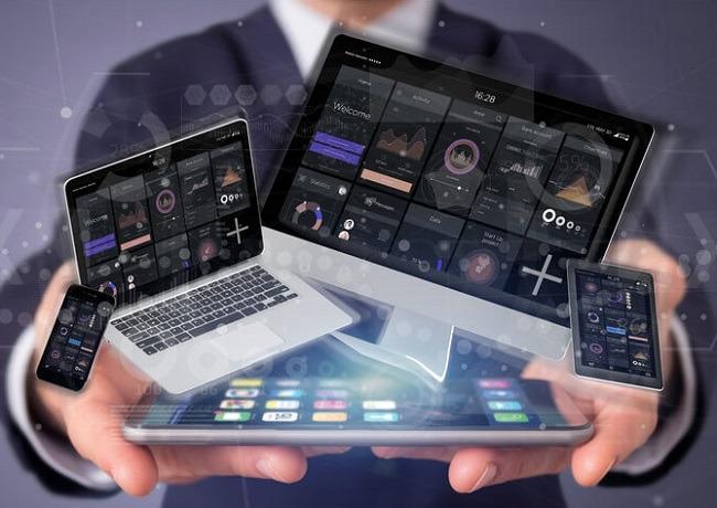 Wie schaffen Sie es, dass auch mobile Nutzer Ihre Website lieben? Finden Sie es heraus! Bild von ©Production Perig – de.fotolia.com