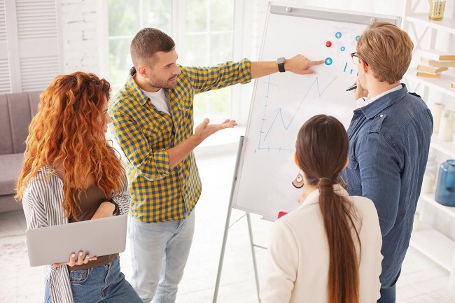 Beim Webdesign mit WordPress ist Teamarbeit gefragt: Mehrer Fachgebiete kommen hierbei zusammen. Bild von ©Viacheslav Iakobchuk – de.fotolia.com